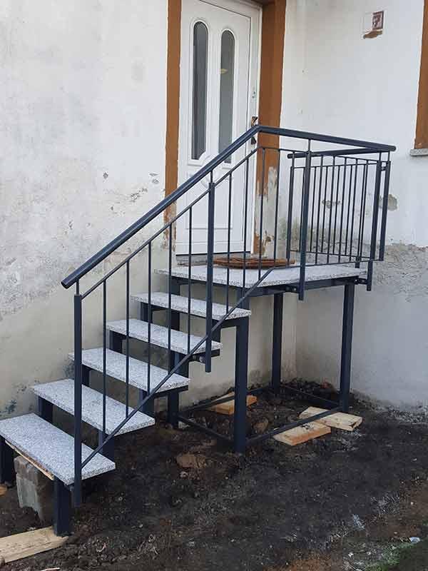 Außentreppe 2